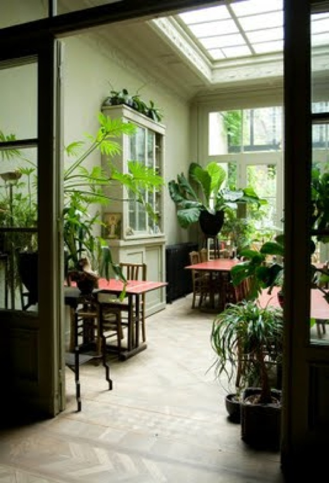 flora room - saved by Chic n Cheap Living