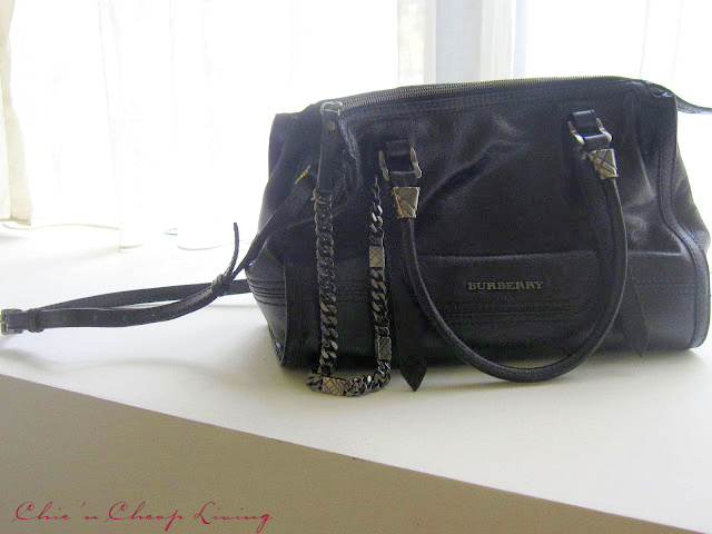 burberry cheap outlet mqgl  Burberry black bag by Chic n Cheap Living