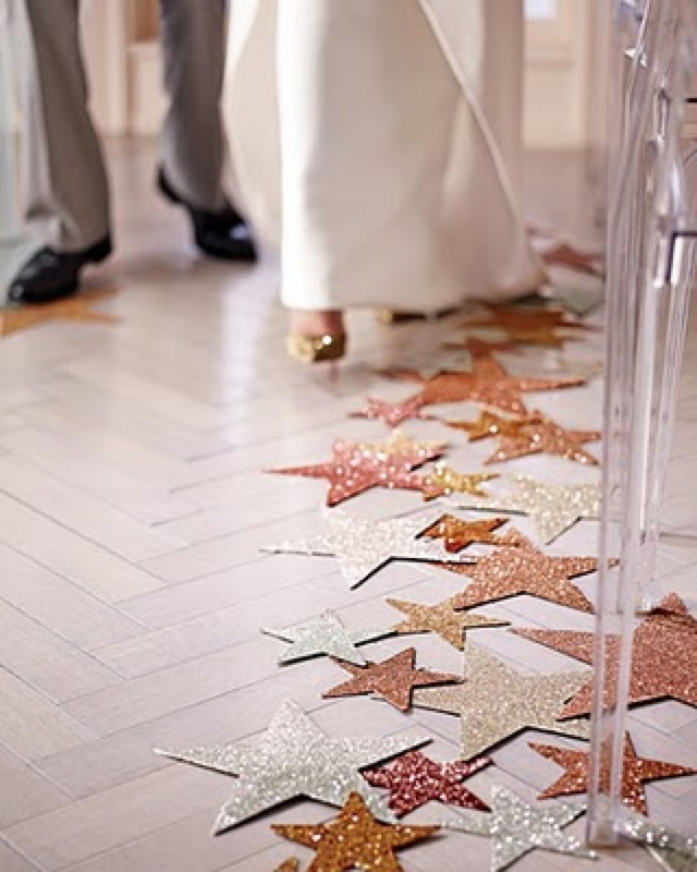 star aisle runner via Martha stewart - saved by Chic n Cheap Living