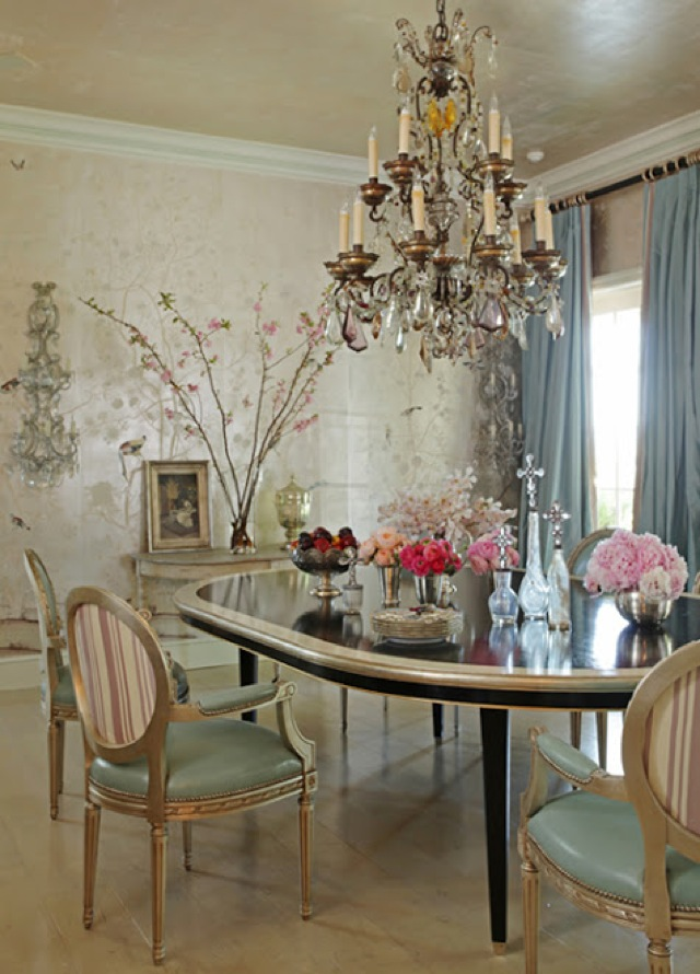 Decor Thoughts A Room In Many Styles Via Martyn Lawrence