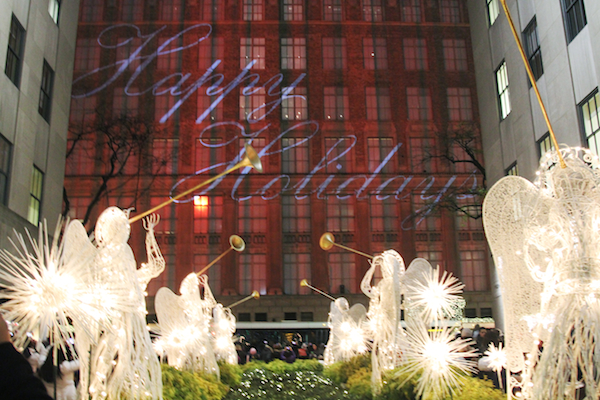 christmas new york saks fifth by Rolalaloves.blogspot.com