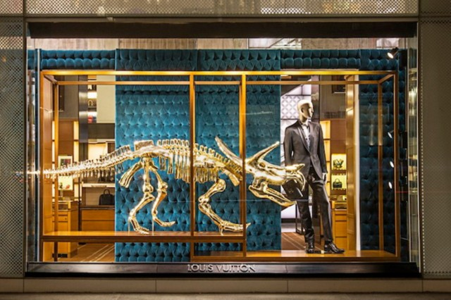 Louis Vuitton dinosaur and suit des Champs-Elysées 2 floor view on Fubiz - saved by Chic n Cheap Living