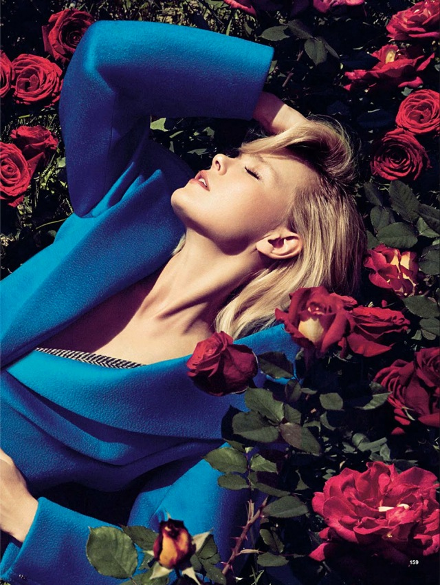 Girls & Roses Glamour Italia August 2013 blue top - saved by Chic n Cheap Living