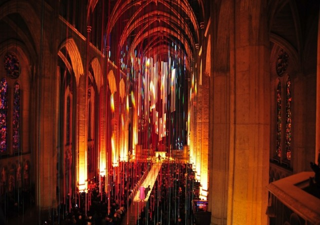 Graced-With-Light-Installation-in-San-Fransisco-Cathedral-at night on Fubiz - saved by Chic n Cheap Living