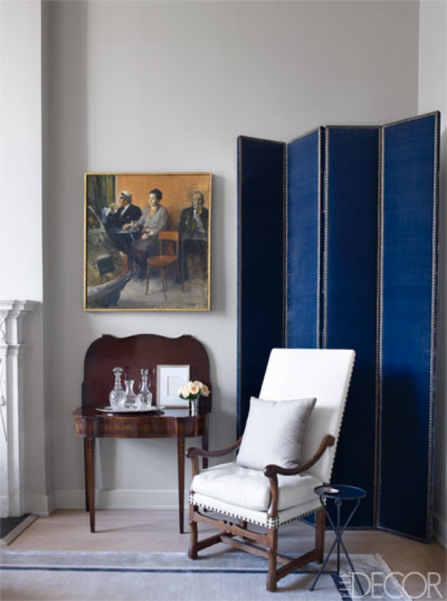 NYC Tina and Jeffrey Bolton Townhouse drawing room screen by John Saladino on Elle Decor - saved by Chic n Cheap Living