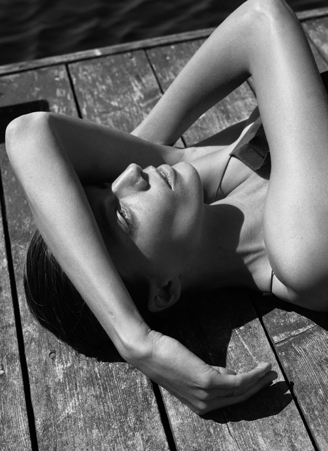 Vulnerable daria_werbowy lying in Interview Magazine September 2014