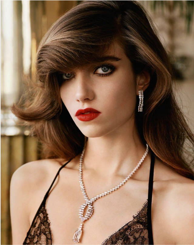Grace Vogue Paris October 2014 Cartier necklace