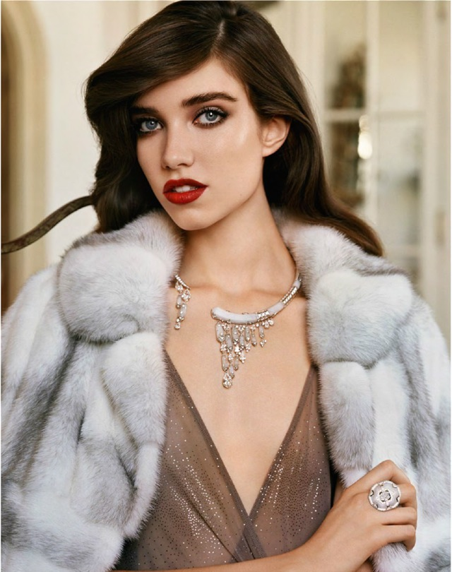 Grace Vogue Paris October 2014 Chaumet necklace