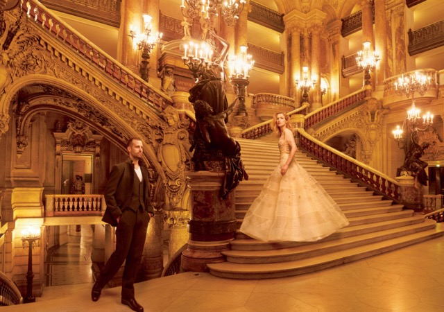Grand-Entrance-Natalia-Vodianova-and-Benjamin-Millipied-on-stairs-shot-by-Annie-Leibovitz-for-US-Vogue-November-2014
