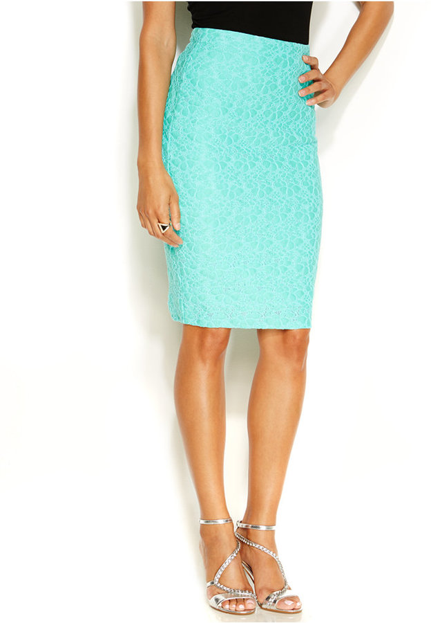 Thalia sodi lace pencil skirt