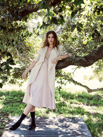 barbara_palvin_by_derek_henderson_for_vogue_australia beige trench