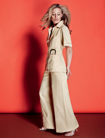 georgia-may-jagger-by-marcin-tyszka-for-vogue-ukraine-may-2015-beige-outfit