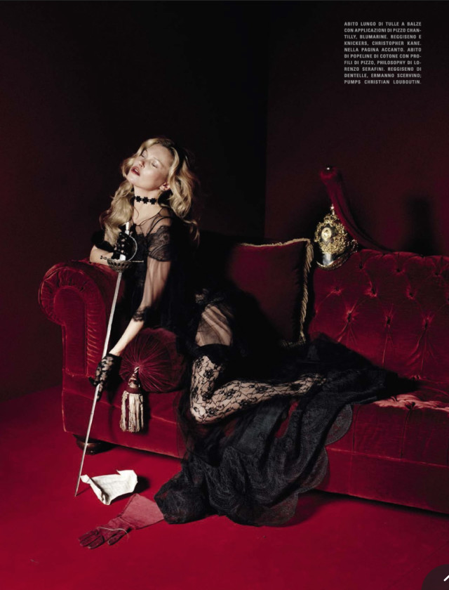 Beauty and the Beast Blumarine Kate Moss Tim Walker for Vogue Italia December 2015