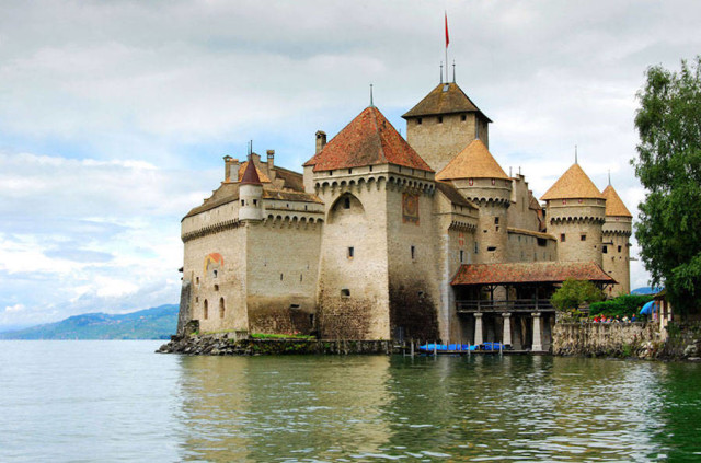 disneyreallocations1- real The Little Mermaid – Chateau De Chillon, Lake Geneva, Switzerland.