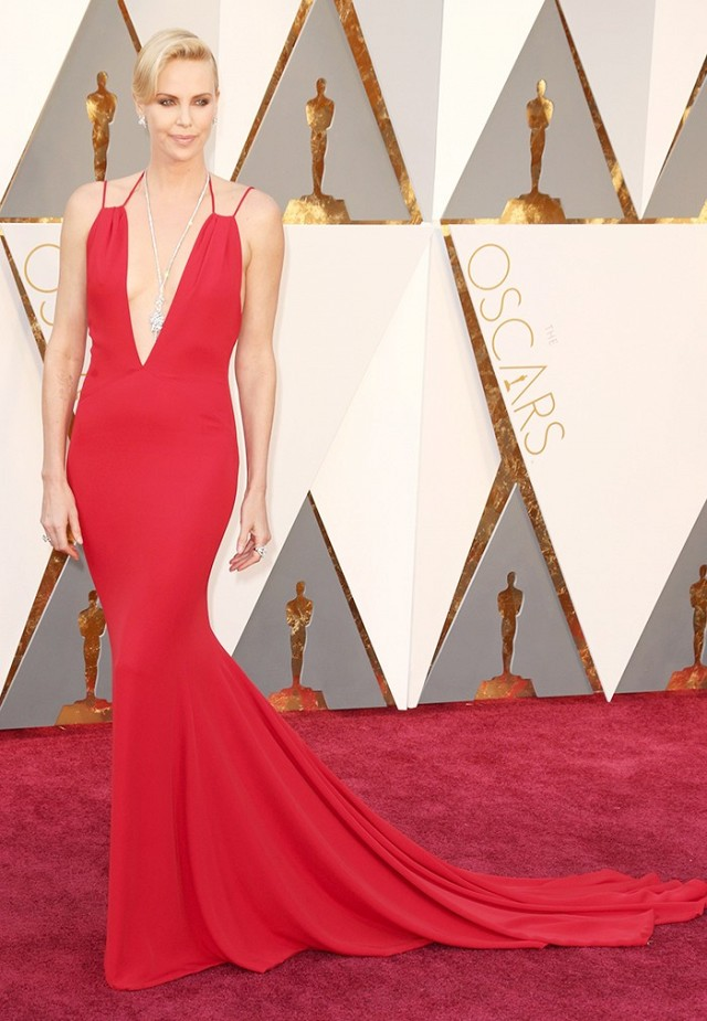 Oscars 2016 Best Dressed Charlize Theron Christian Dior gown