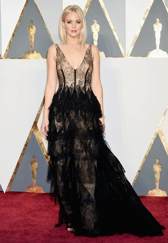 Oscars 2016 Best Dressed Jennifer Lawrence in Dior couture gown