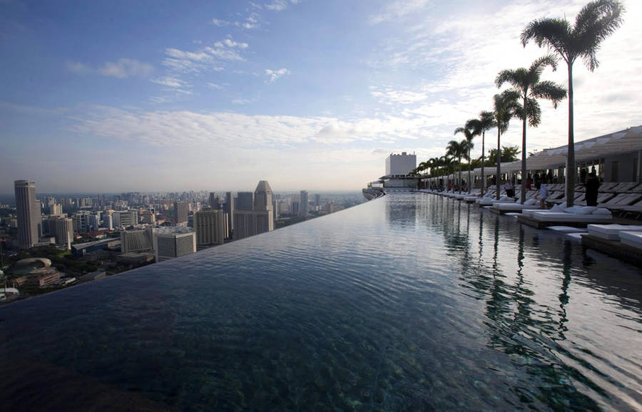 Extraordinary swimming pools around the world Marina Bay Sands singapore