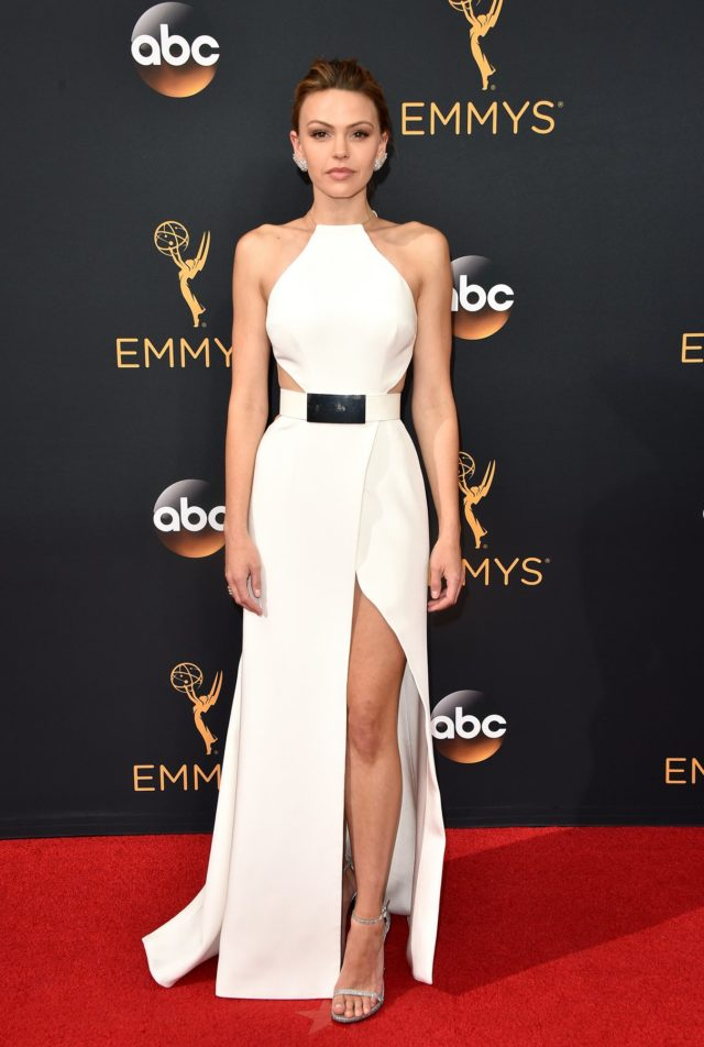aimee teegarden in kaufamanfranco dress best dressed emmys 2016