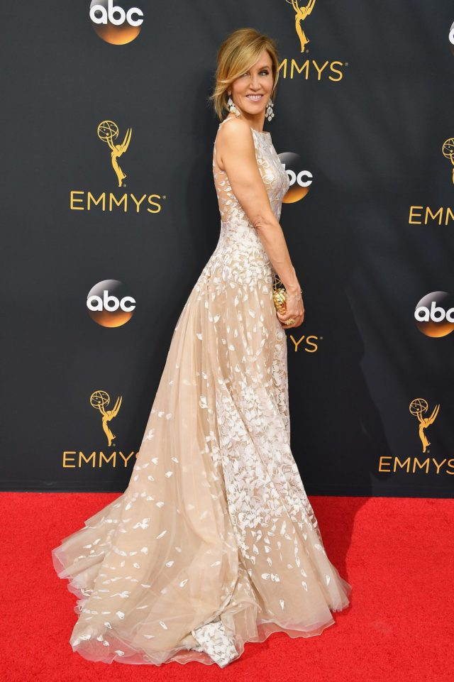 felicity huffman tony ward-dress emmys 2016 best dressed emmys 2016