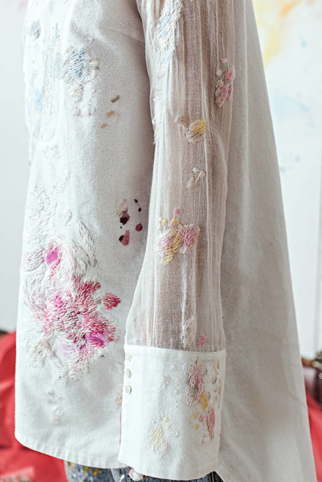 paint-splotch-embroidery-by-olya-glagoleva-and-lisa-smirnova-white-top-and-pants
