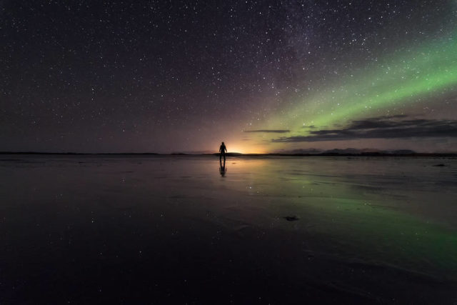 simeon-patarozliev-journey-across-iceland-beach-view