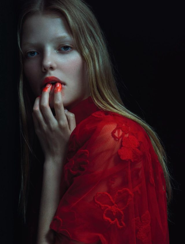 Roos Abels by Txema Yeste for Numero December 2016 in red gown