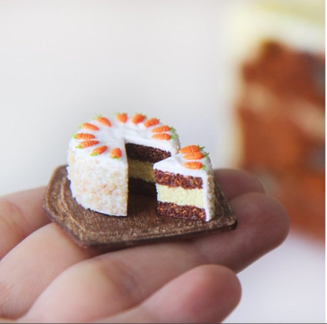 Aiclay miniature food sculptures carrot cake