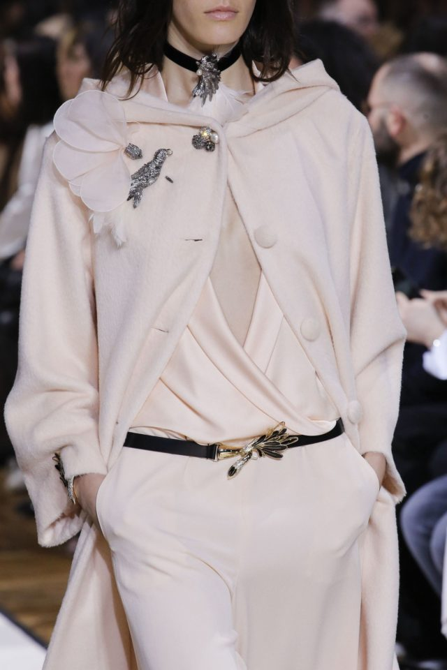 Lanvin Autumn:Winter 2017 details bird brooch