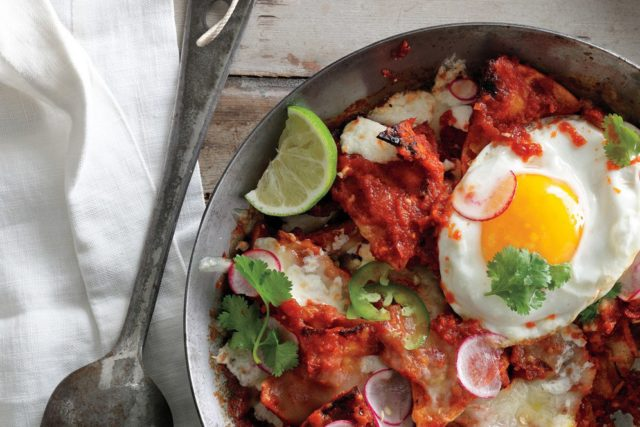Perfect Cinco de Mayo Recipes chilaquiles with fried eggs