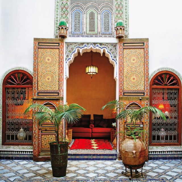 Beautiful doors fassi-architecture-forms-the-centrepiece-of-400-year-old-riad-idrissy-fez-morocco-conde-nast-traveller-11jan17-pr_1440x1440