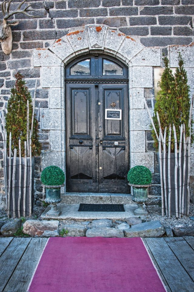 Beautiful doors front-door-at-l-annexe-d-aubrac-aveyron-region-france-conde-nast-traveller-26jan15-michael-paul_960x1440
