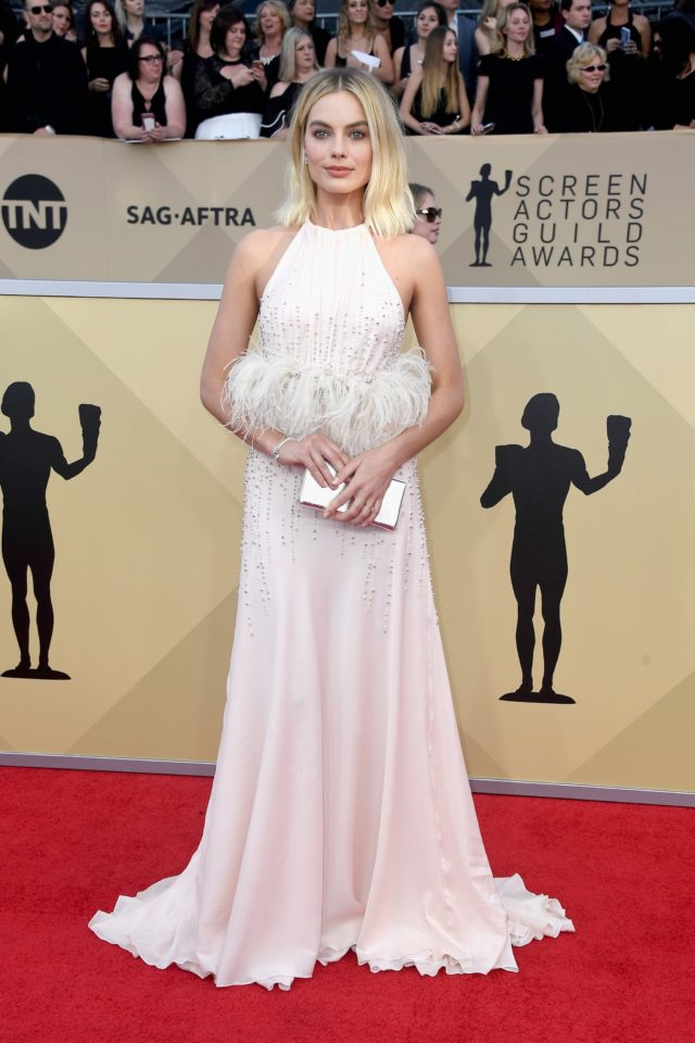 Pink gowns at the SAG Awards 2018 - Margot Robbie in Miu Miu